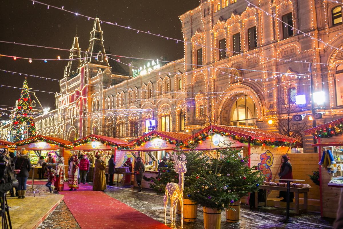 Картинки по запросу москва новогодняя магазины